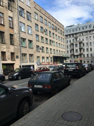 Комната в 1-комнатной квартире (80м2) на продажу по адресу Басков пер., 36— фото 1 из 10
