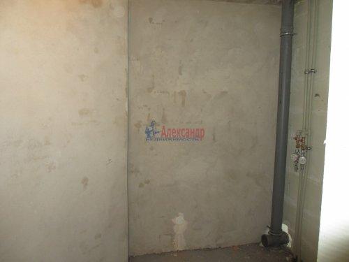 2-комнатная квартира (63м2) на продажу по адресу Павловск г., Слуцкая ул., 7— фото 10 из 15