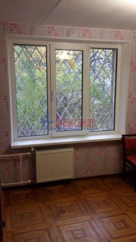 2-комнатная квартира (42м2) на продажу по адресу Трамвайный пр., 13— фото 3 из 12