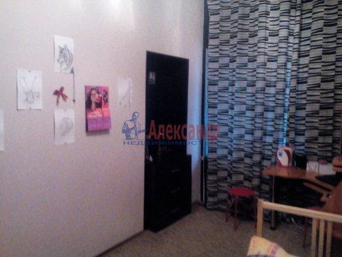 Комната в 4-комнатной квартире (74м2) на продажу по адресу Пирогова пер., 16— фото 5 из 8