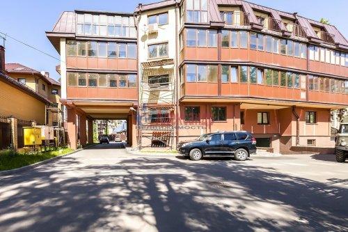 3-комнатная квартира (105м2) на продажу по адресу Озерковский пр., 47— фото 2 из 9