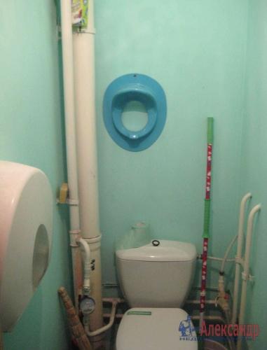 Комната в 3-комнатной квартире (84м2) на продажу по адресу Сестрорецк г., Приморское шос., 283— фото 7 из 11
