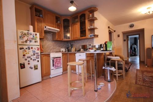 3-комнатная квартира (190м2) на продажу по адресу Савушкина ул., 118— фото 5 из 23