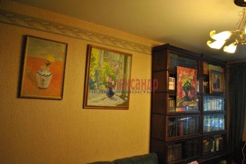 4-комнатная квартира (87м2) на продажу по адресу Кузнецова пр., 29— фото 3 из 16