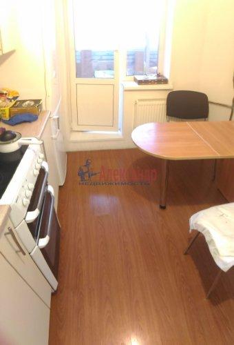 1-комнатная квартира (37м2) на продажу по адресу Мурино пос., Оборонная ул., 2— фото 8 из 23
