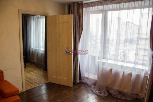 3-комнатная квартира (64м2) на продажу по адресу Ветеранов пр., 115— фото 8 из 13