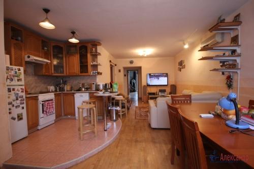 3-комнатная квартира (190м2) на продажу по адресу Савушкина ул., 118— фото 6 из 23