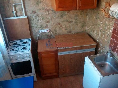 Комната в 3-комнатной квартире (61м2) на продажу по адресу Есенина ул., 8— фото 1 из 6