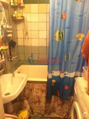 Комната в 4-комнатной квартире (97м2) на продажу по адресу Энгельса пр., 63— фото 12 из 12
