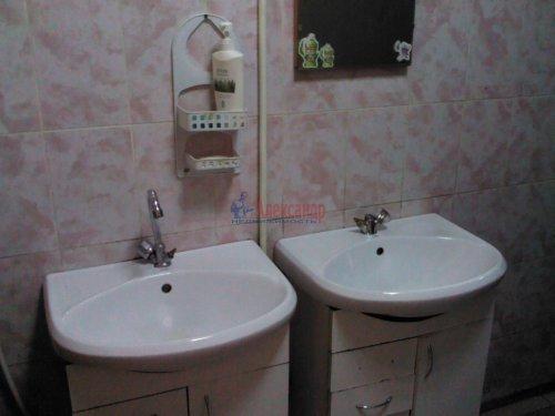 Комната в 23-комнатной квартире (497м2) на продажу по адресу Смоленская ул., 31/20— фото 7 из 14