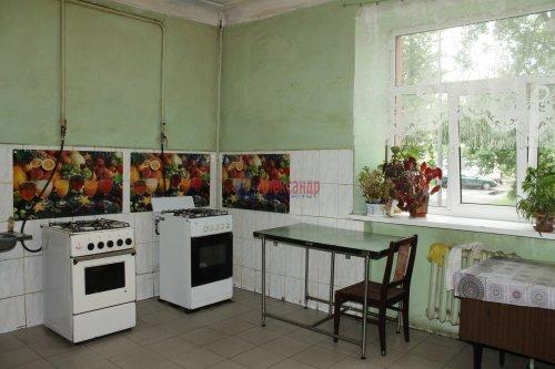 Комната в 20-комнатной квартире (588м2) на продажу по адресу Бумажная ул., 20— фото 7 из 7
