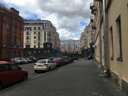 Комната в 1-комнатной квартире (80м2) на продажу по адресу Басков пер., 36— фото 3 из 10