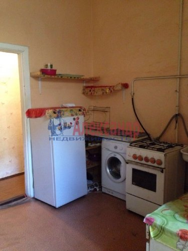 Комната в 4-комнатной квартире (105м2) на продажу по адресу Кирочная ул., 22— фото 4 из 6