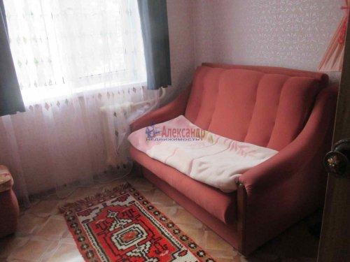 4-комнатная квартира (62м2) на продажу по адресу Гатчина г., Володарского ул., 39— фото 3 из 8