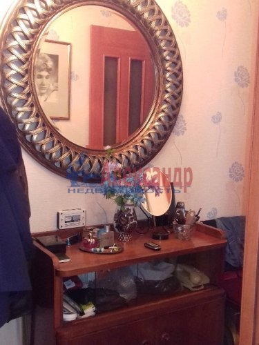 2-комнатная квартира (48м2) на продажу по адресу Скобелевский пр., 5— фото 2 из 10