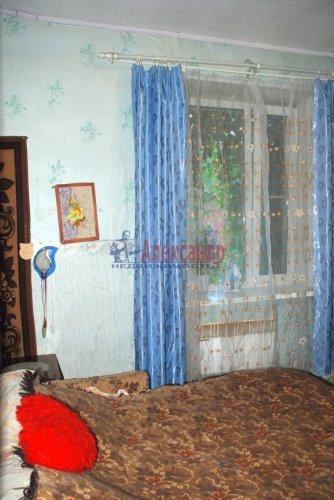 4-комнатная квартира (60м2) на продажу по адресу Выборг г., Симоняка ул.— фото 2 из 7