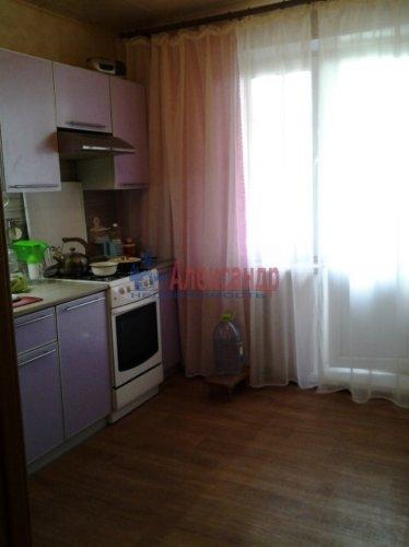 3-комнатная квартира (67м2) на продажу по адресу Кириши г., Героев пр., 10— фото 3 из 12