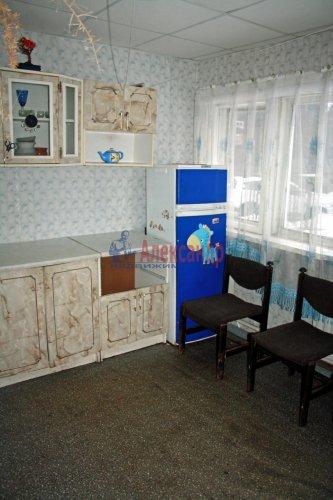 4-комнатная квартира (73м2) на продажу по адресу Раухала пос., Центральная ул., 8— фото 13 из 16