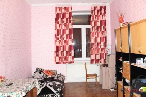 4-комнатная квартира (93м2) на продажу по адресу Полярников ул., 5— фото 9 из 16