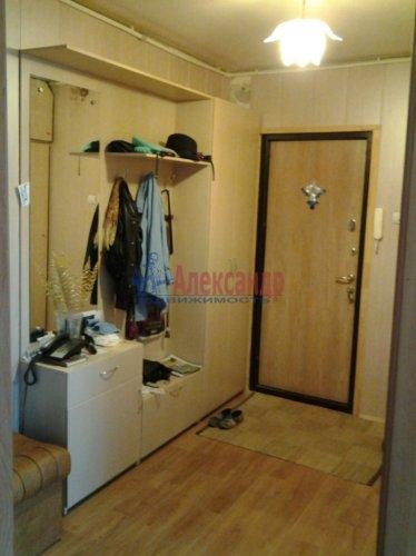 3-комнатная квартира (67м2) на продажу по адресу Кириши г., Героев пр., 10— фото 1 из 12
