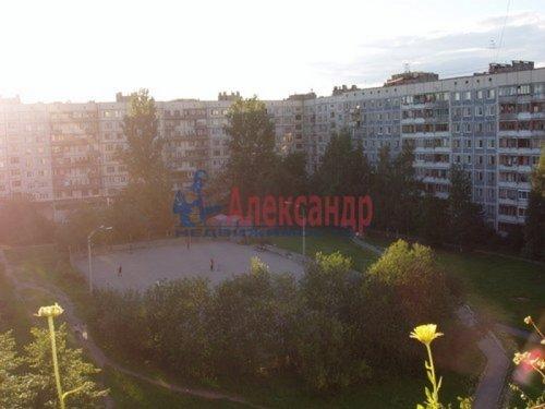 2-комнатная квартира (50м2) на продажу по адресу Художников пр., 9— фото 1 из 9