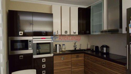 2-комнатная квартира (91м2) на продажу по адресу Пулковская ул., 2— фото 1 из 10