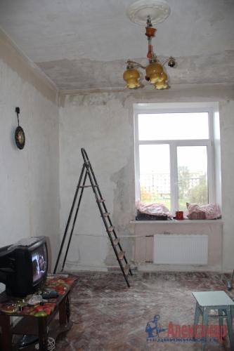 4-комнатная квартира (93м2) на продажу по адресу Полярников ул., 5— фото 6 из 12