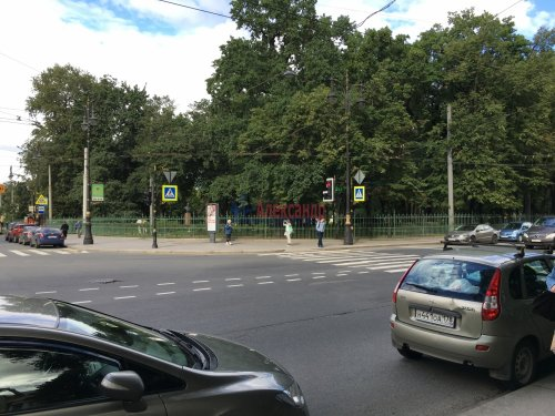 Комната в 1-комнатной квартире (80м2) на продажу по адресу Басков пер., 36— фото 4 из 10