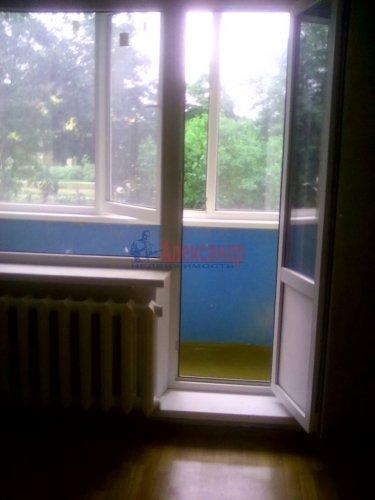 Комната в 2-комнатной квартире (56м2) на продажу по адресу Волосово г., Ленинградская ул., 7— фото 4 из 6