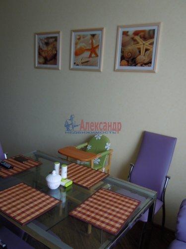 2-комнатная квартира (65м2) на продажу по адресу Комендантский пр., 51— фото 5 из 15