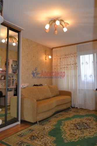 3-комнатная квартира (77м2) на продажу по адресу Маршала Казакова ул., 44— фото 7 из 37
