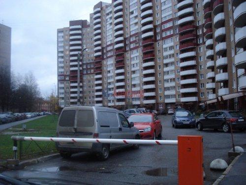 1-комнатная квартира (41м2) на продажу по адресу Вавиловых ул., 7— фото 1 из 5