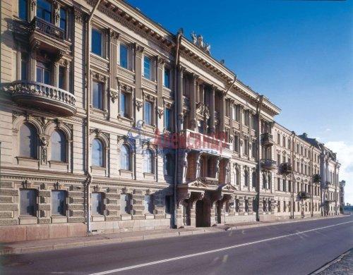 4-комнатная квартира (176м2) на продажу по адресу Кутузова наб., 18— фото 1 из 11