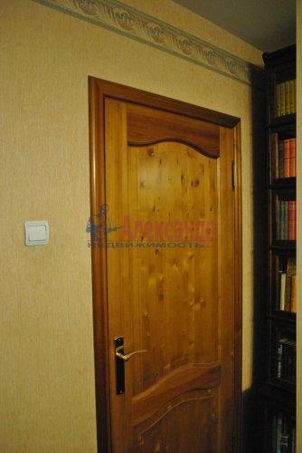 4-комнатная квартира (87м2) на продажу по адресу Кузнецова пр., 29— фото 4 из 16