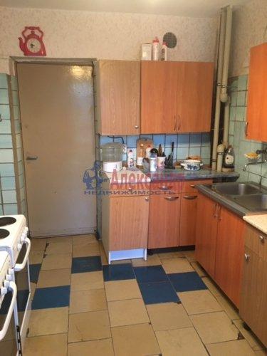 Комната в 12-комнатной квартире (232м2) на продажу по адресу Жени Егоровой ул., 3— фото 5 из 16
