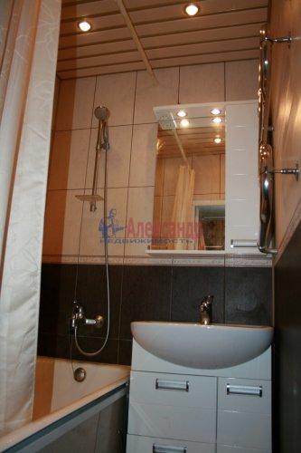 3-комнатная квартира (52м2) на продажу по адресу Руднева ул., 5— фото 6 из 9