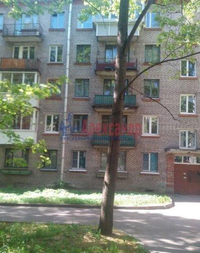 2-комнатная квартира (44м2) на продажу по адресу Светлановский просп., 17— фото 2 из 5