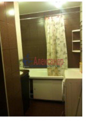 2-комнатная квартира (51м2) на продажу по адресу Малое Карлино дер., Пушкинское шос., 24— фото 4 из 8