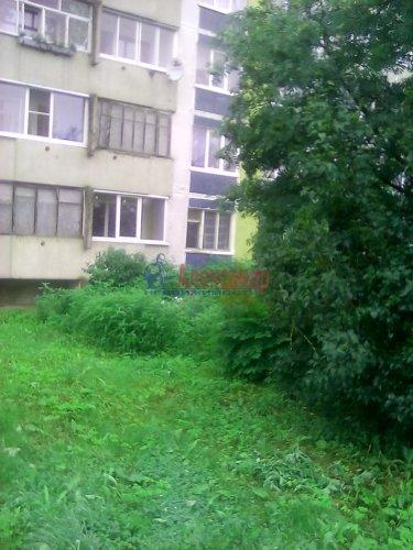Комната в 2-комнатной квартире (56м2) на продажу по адресу Волосово г., Ленинградская ул., 7— фото 1 из 6