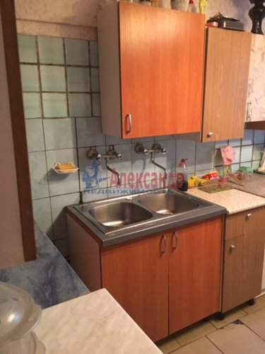 Комната в 12-комнатной квартире (232м2) на продажу по адресу Жени Егоровой ул., 3— фото 6 из 16