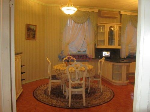 5-комнатная квартира (227м2) на продажу по адресу Каменноостровский пр., 25— фото 11 из 12