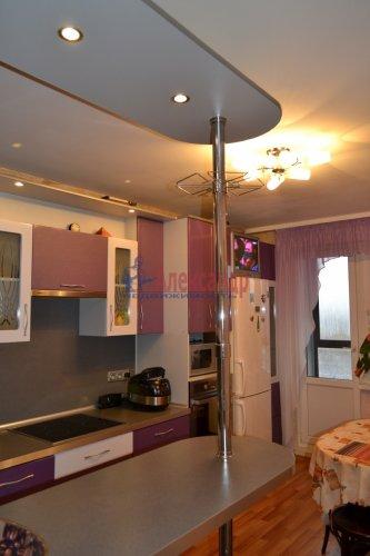 3-комнатная квартира (77м2) на продажу по адресу Маршала Казакова ул., 44— фото 15 из 37