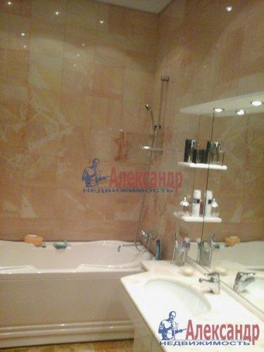 2-комнатная квартира (93м2) на продажу по адресу Боткинская ул., 1— фото 18 из 33