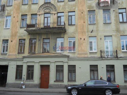 Комната в 9-комнатной квартире (240м2) на продажу по адресу Мытнинская ул., 9— фото 18 из 20