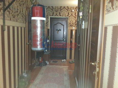 1-комнатная квартира (40м2) на продажу по адресу Гатчина г., Авиатриссы Зверевой ул., 7б— фото 5 из 8