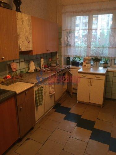 Комната в 12-комнатной квартире (232м2) на продажу по адресу Жени Егоровой ул., 3— фото 7 из 16