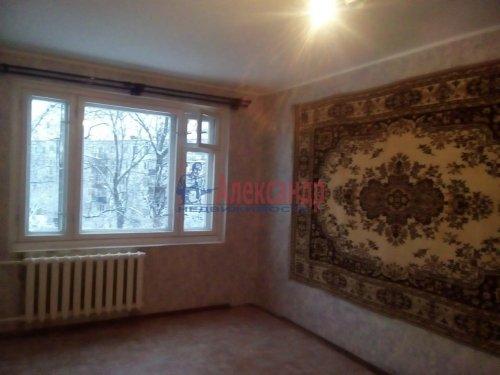 2-комнатная квартира (53м2) на продажу по адресу Сиверский пгт., Вокзальная ул., 4— фото 2 из 3