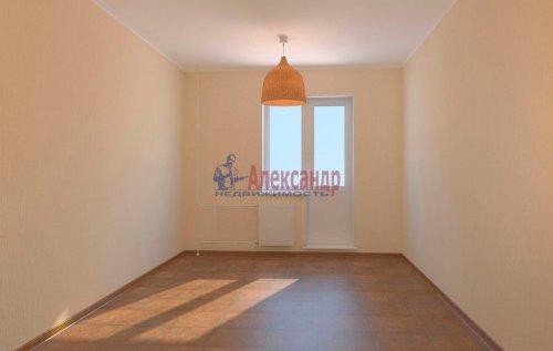 1-комнатная квартира (36м2) на продажу по адресу Мурино пос., Привокзальная пл.— фото 4 из 4