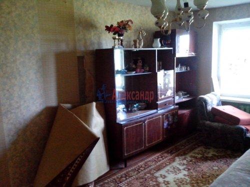 3-комнатная квартира (58м2) на продажу по адресу Коммунары пос., Центральная ул., 1— фото 7 из 8