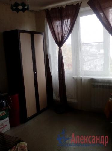 3-комнатная квартира (60м2) на продажу по адресу Кузнечное пгт., Юбилейная ул., 4— фото 4 из 7